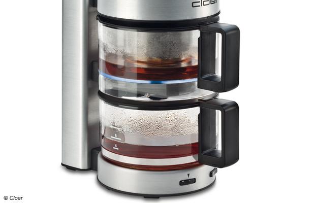 Eine echte Teemaschine besteht aus einer Brühkanne, in der der Tee für eine vorgegebene Zeit brüht, und der Kanne für den fertigen Tee
