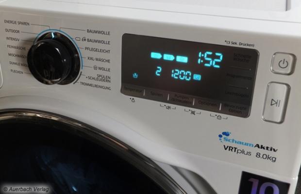 Schon Programmwahldrehrad und Bedienfeld machen klar, dass die WW80H7600EW keine gewöhnliche Waschmaschine ist: Die Optionsvielfalt ist enorm groß