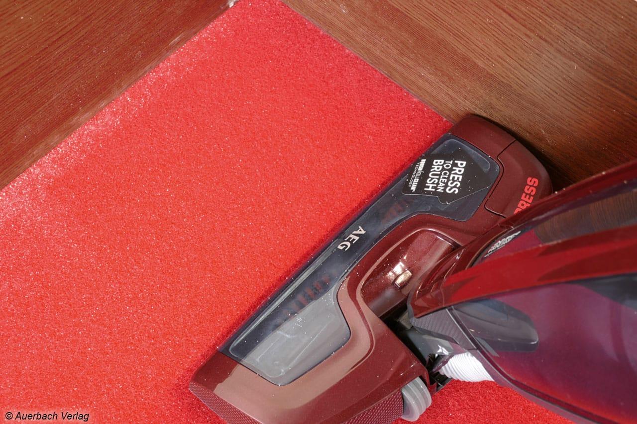 Die Performance Pro™-Düse beim CX8-78BO erzielt die besten Ergebnisse bei der Staubaufnahme entlang von Wänden und auf der Teppichfläche
