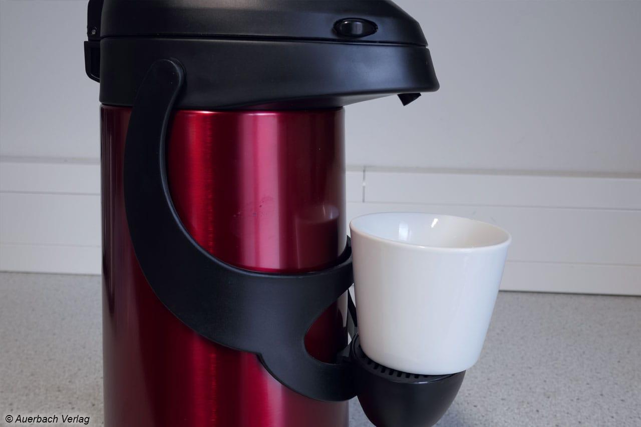 Nützlich: Die Abstellmöglichkeit der PRONTO von emsa eignet sich ideal für kleine Tassen