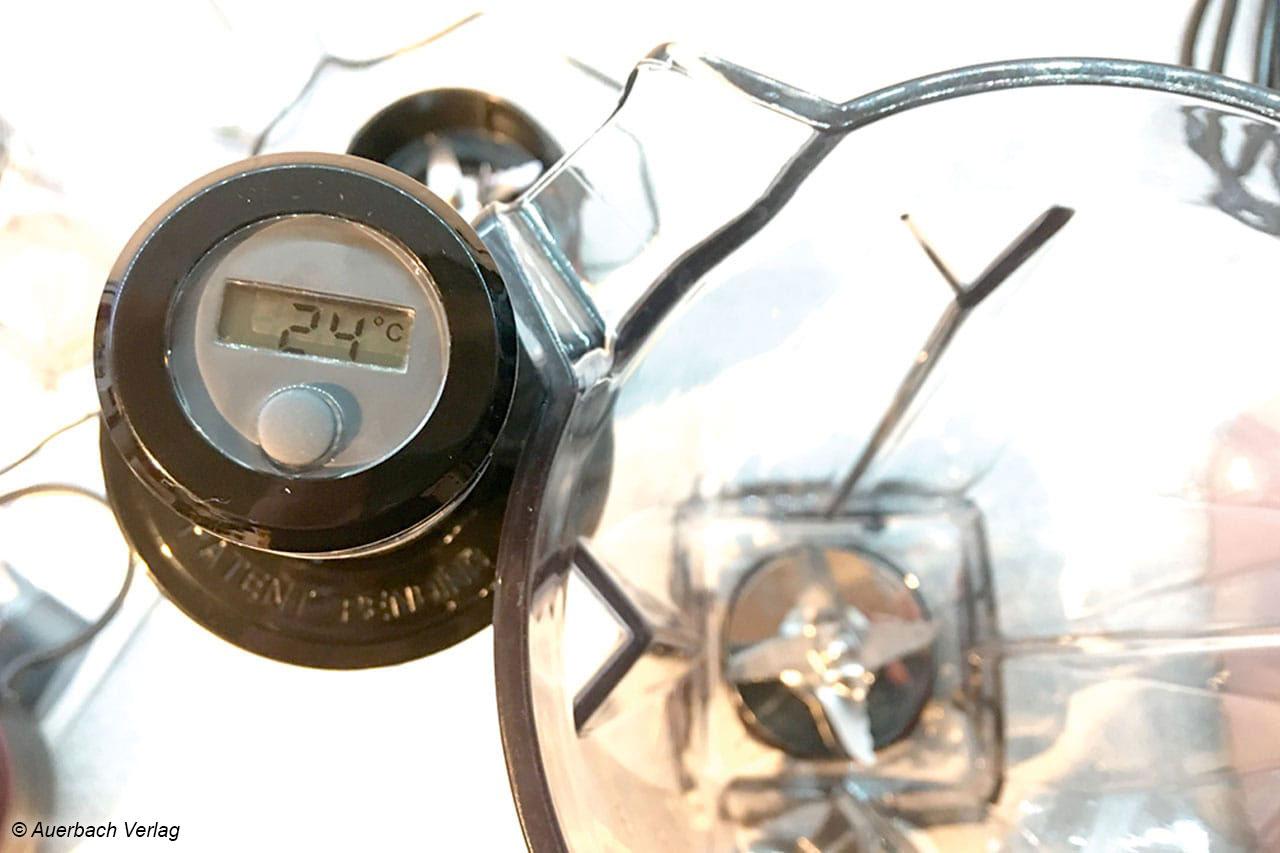 Mit der Temperaturanzeige im Blickfeld gerät der Stampfer aufgrund seiner Konstruktion garantiert nicht in die Messer
