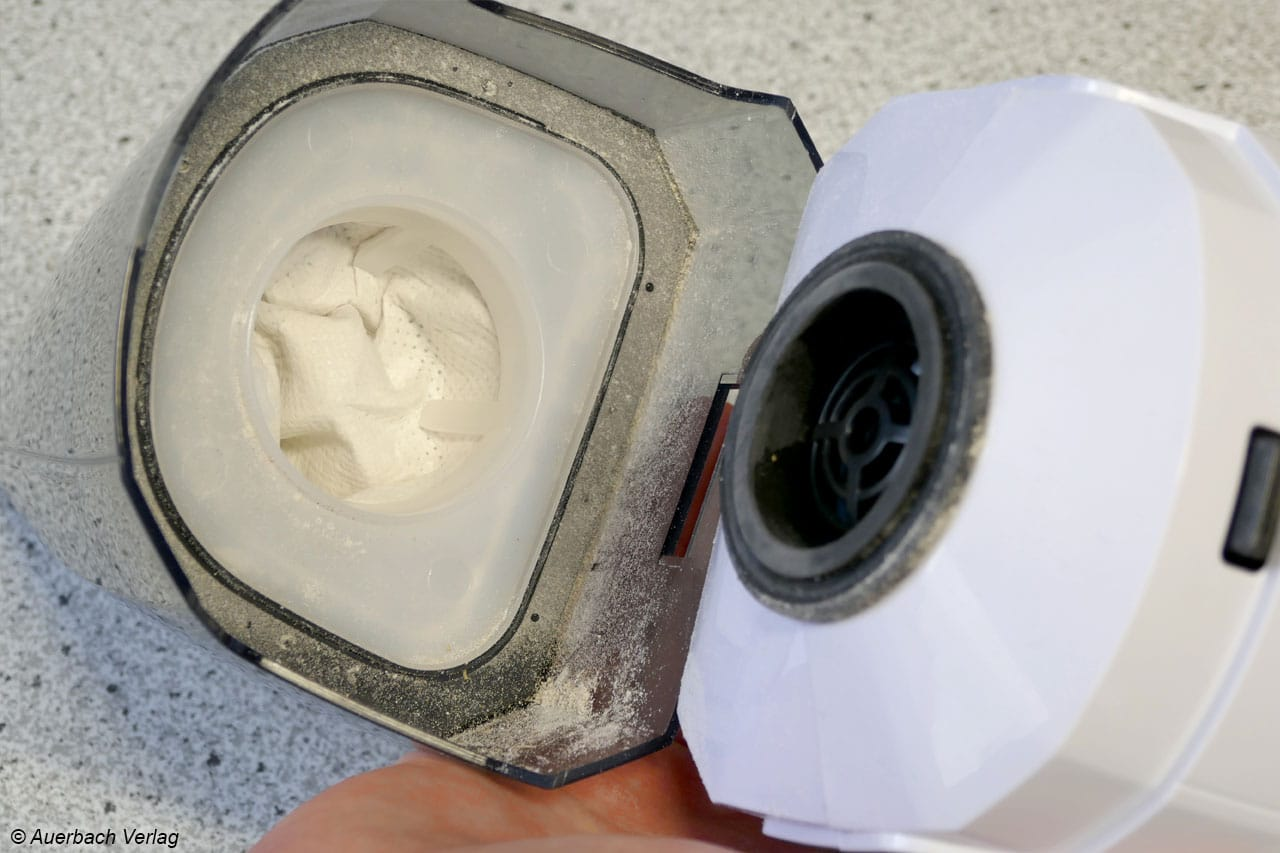 Feiner Staub findet auch durch den Filter seinen Weg bis zur Ansaugung und könnte Probleme verursachen
