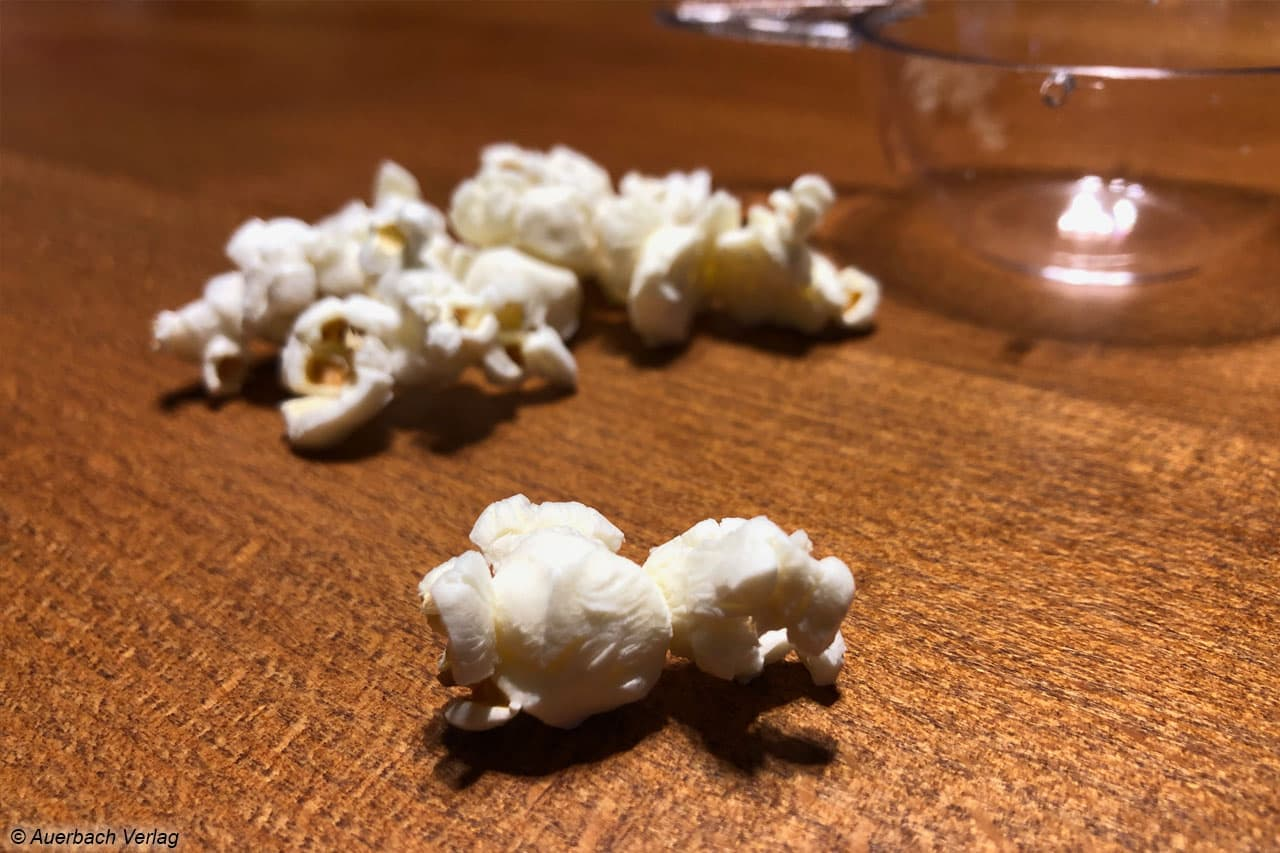 So sieht das nahezu perfekte Popcorn aus. Nach etwas mehr als zwei Minuten ist alles zubereitet