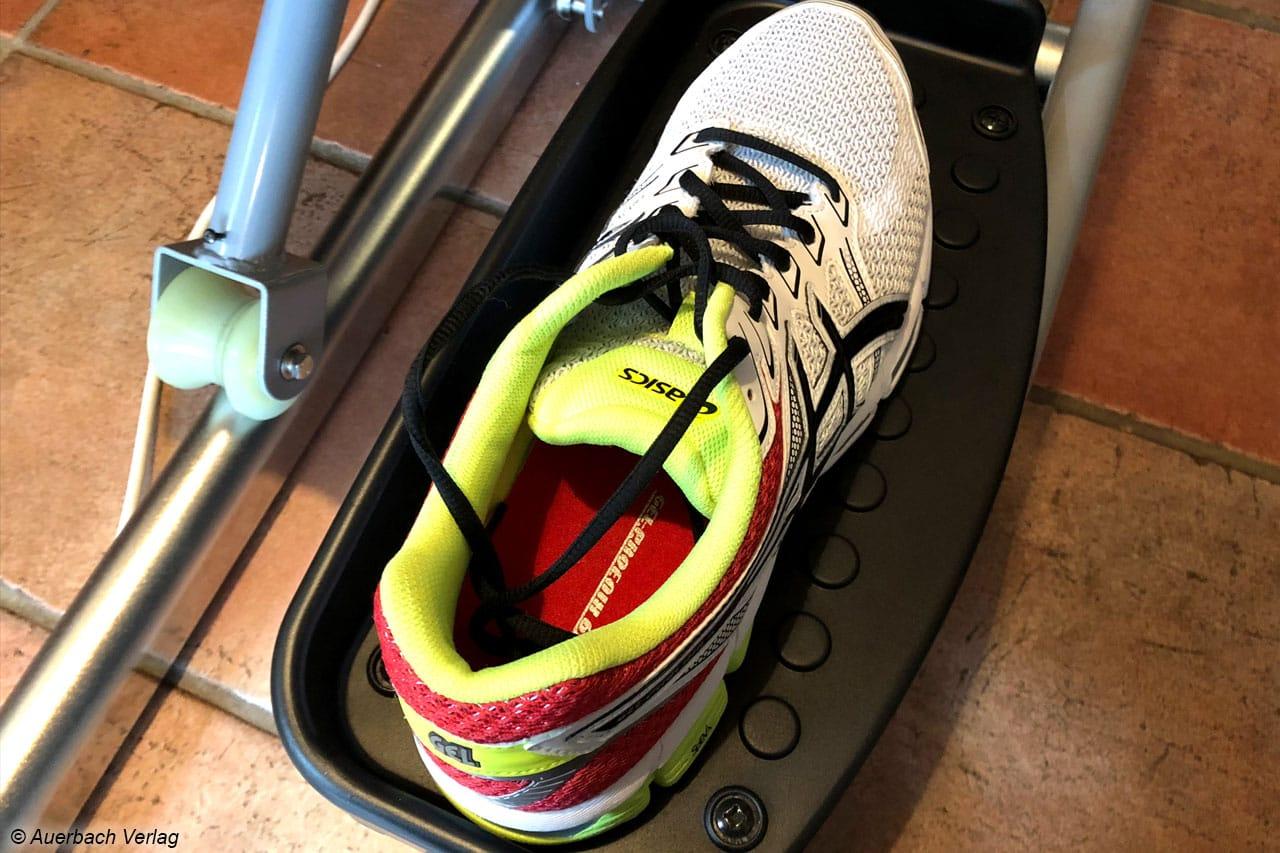 Keine Probleme mit großen Schuhen hat der Christopeit, die Pedalschale bietet ausreichend Platz