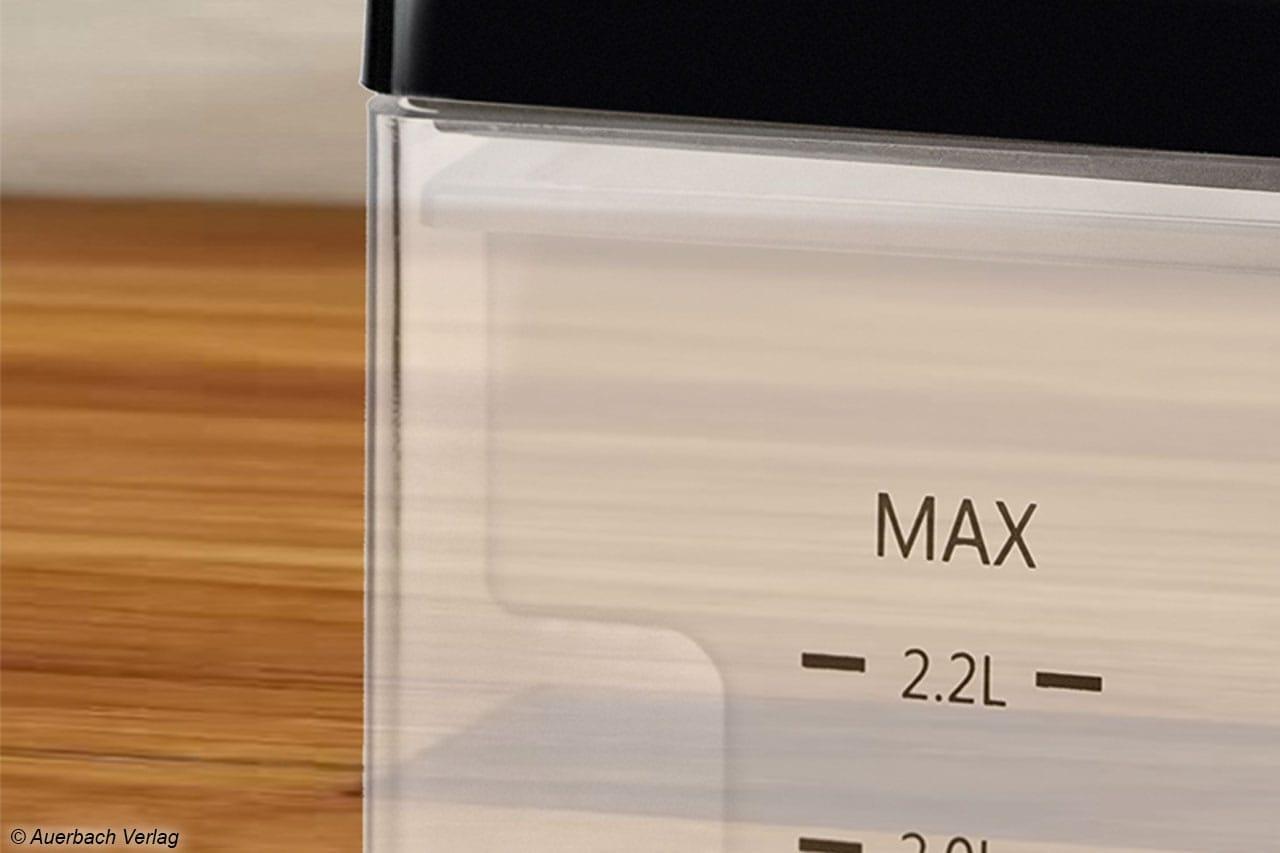 Maximal 2,2 Liter Fassungsvolumen besitzt der Wassertank