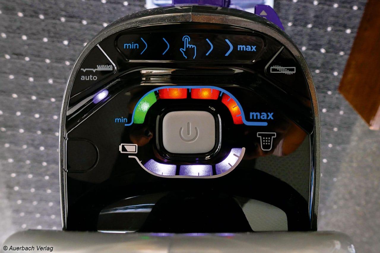 Hingucker: Die digitale Anzeige des Black+Decker CUA525BH mit integriertem Touchpad ist sowohl praktisch als auch stylish