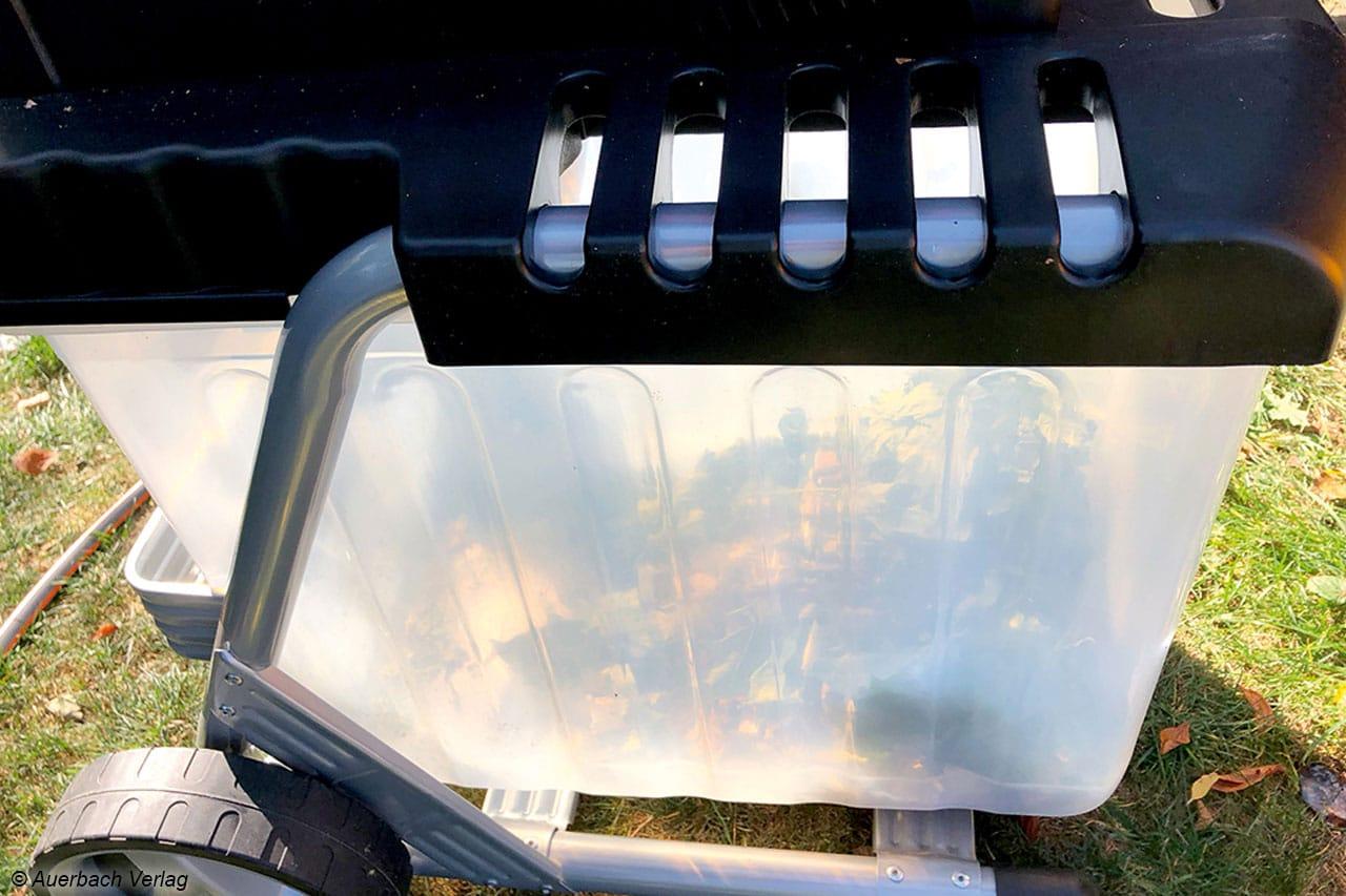 Vorbildlich: Beim Einhell-Modell kann man im Gegensatz zu den anderen Häckslern leicht in die Fangbox schauen