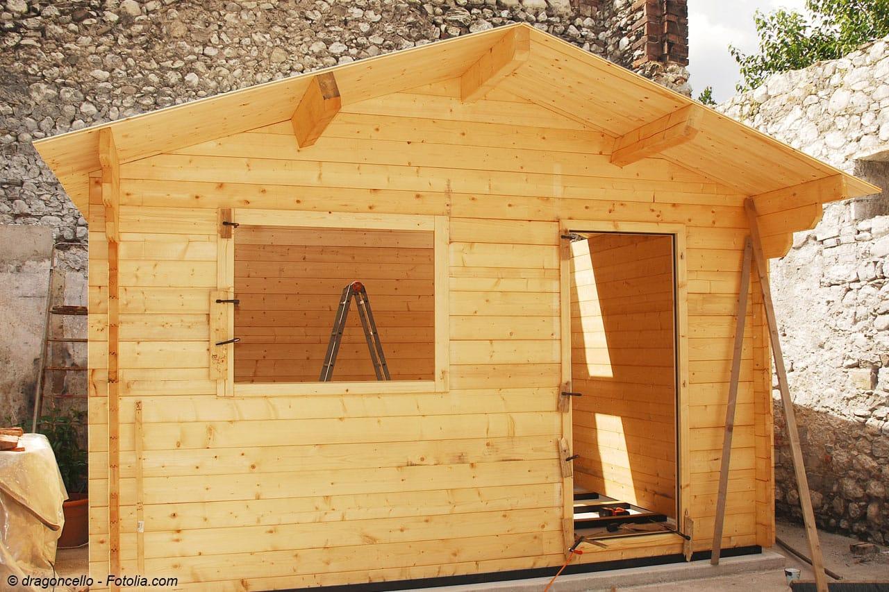 7. Arbeitschritt: Einbringen von Fenster- und Türrahmen