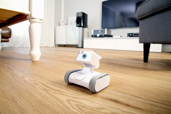 home security rover hsr 1 roboter f r zu hause haus garten test. Black Bedroom Furniture Sets. Home Design Ideas