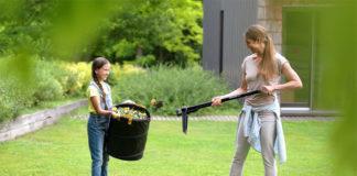 Chemiefreie Gartenpflege – Die neuen Unkrautstecher von Fiskars entfernen ungebetene Pflanzen mit Leichtigkeit