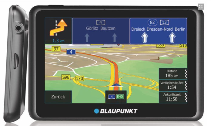 Mobile Navis von Blaupunkt sind mit aktiver Halterung und Stauinformationen via Internet ausgerüstet