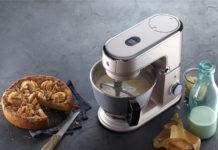Für die KÜCHENminis Küchenmaschine One for All geht WMF in die Offensive. Dabei wird die Leistungsfähigkeit des Gerätes in den Mittelpunkt gestellt