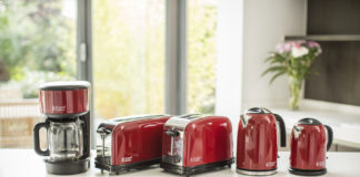 Die Frühstücksserie Colours Plus Flame Red gibt es auch in den Farbvarianten Storm Grey und Classic Cream