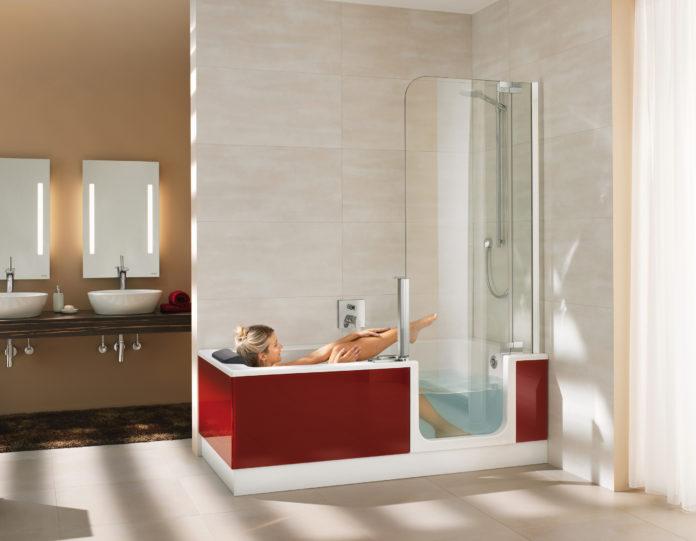 Mit der Duschbadewanne doppelter Komfort - Huas & Garten Test | {Duschbadewanne mit tür 67}