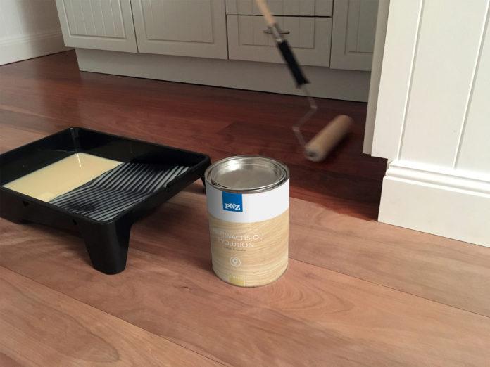 neue pnz holz l evolution f r nat rliche oberfl chen im innenbereich. Black Bedroom Furniture Sets. Home Design Ideas