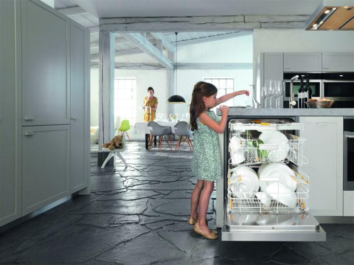Geschirrspüler-Kauf leicht gemacht. Die Checkliste von Hausgeräte plus hilft bei der Auswahl des passenden Geräts