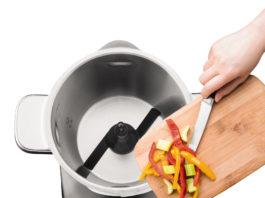 Die neue Küchenmaschine i-Prep&Cook Gourmet von Krups lässt sich durch die Bluetooth Funktion über Smartphone oder Tablet steuern