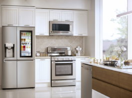 LG-Kühlschrank mit InstaView Door-in-Door
