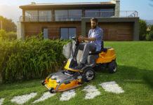 Der Stiga Frontmäher e-Park 220 wird mit Lithium-Ionen Akkus betrieben und ist ideal für große Rasenflächen
