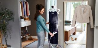 Mit dem Philips Dampfbürstensystem ComfortTouch Plus wird das Lieblingskleid noch kurz vor dem Ausgehen ruck, zuck knitterfrei
