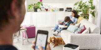Der Philips Luftreiniger Serie 5000i ist via App zu bedienen, so dass die Luft daheim in Echtzeit von jedem Ort der Welt verändert werden kann