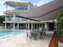 Markisen sind die erste Wahl für Terrasse und Balkon zum Schutz gegen zu viel Sonne sowie ungewollte Einblicke und zum Teil sogar gegen ungemütlichen Regen