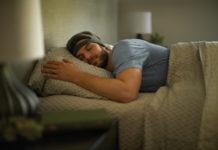 Das Kopfband SmartSleep von Philips hilft vor allem Menschen zwischen 18 und 50 Jahren, die wegen ihres Lebensstils nicht genug Schlaf erhalten