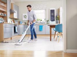 Der Dampfreiniger CleanTenso von Leifheit ist für alle Fußböden in der Wohnung geeignet