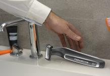 Der Forever Sharp von Rowenta lässt sich ganz einfach unter fließendem Wasser zu reinigen