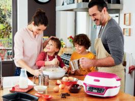Backen mit der Tefal Cake Factory verbindet die Familie.