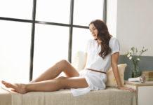 Mit Lumea Prestige von Philips können alle lästigen Haare beispielsweise an Beinen, unter den Achseln und in der Bikinizone vollständig entfernt werden