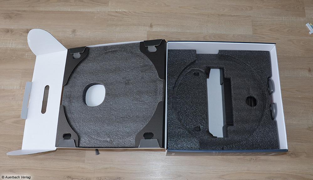 So macht das Auspacken Spaß: Die Verpackung des Deebot Ozmo von Ecovacs kommt sehr hochwertig und geordnet daher
