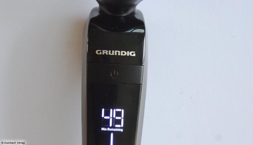 Der Grundig-Rasierer besitzt eine minutengenaue Restzeitanzeige am Griff, die gut erkennbar ist