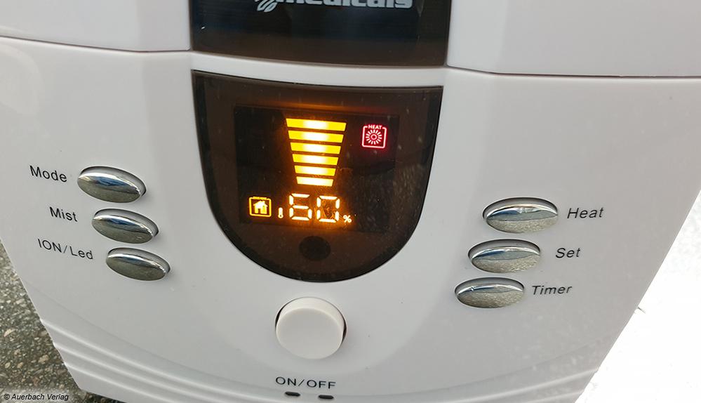 Bei Geräten mit eingebautem Hygrostat lässt sich die aktuelle Luftfeuchtigkeit ablesen und die gewünschte Luftfeuchtigkeit programmieren