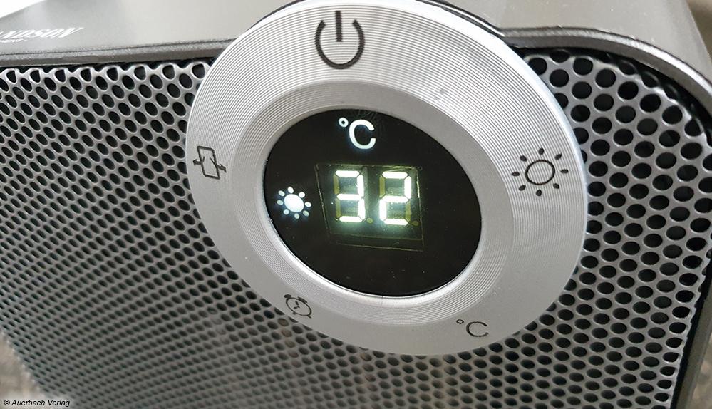Höherwertige Heizlüfter verfügen über eine LCD-Temperaturanzeige und einen Thermostaten, der eine genauere Einstellung der Raumtemperatur erlaubt