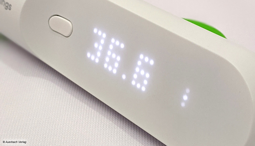 Das besondere Display des Withings-Fieberthermometers ist im ausgeschalteten Zustand nicht zu sehen, erwacht dann aber eindrucksvoll zum Leben