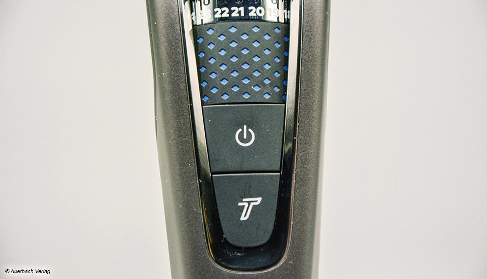 Die Turbotaste (T) vom Philips erhöht die Motordrehzahl während der Betätigung, um dickes Haar zu schneiden