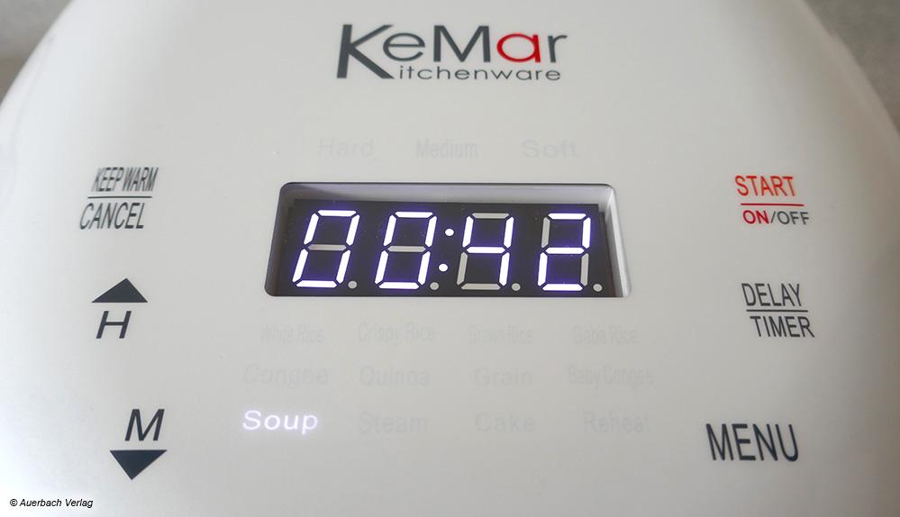 Schwacher Kontrast: Trotz großer Ziffern lässt sich die digitale Anzeige beim Multikocher von KeMar nicht sehr gut ablesen