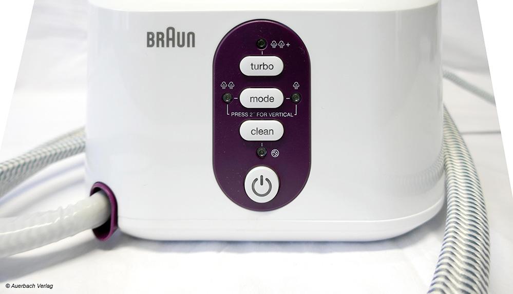 An der Braun-Dampfbügelstation kann das Gerät eingeschaltet und zwischen zwei verschiedenen Modi ausgewählt werden