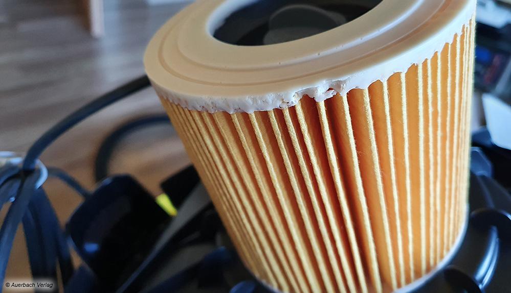 Der praktische Patronenfilter von Kärcher kann immer im Sauger verbleiben, egal ob trocken oder nass gesaugt wird