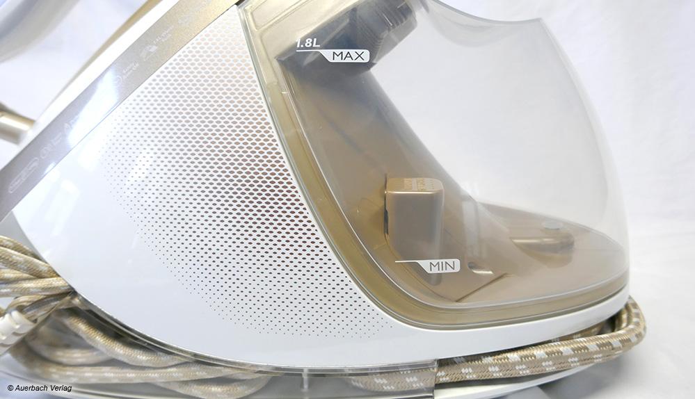 Der Wassertank von Philips ist nicht nur groß und einfach zu entnehmen, sondern lässt auch den Wasserstand gut erkennen