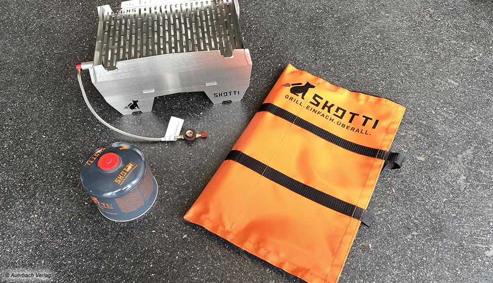 Der kompakte Skotti kann in der handlichen Tasche getragen werden und entfaltet sich zu einem cleveren Grill