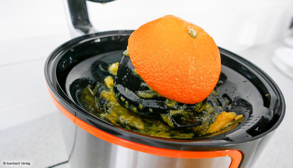 Bei der ZP-01 von Balter kommt es vor, dass die Frucht durch den Hebeldruck verrutscht und nicht ganz ausgepresst wird