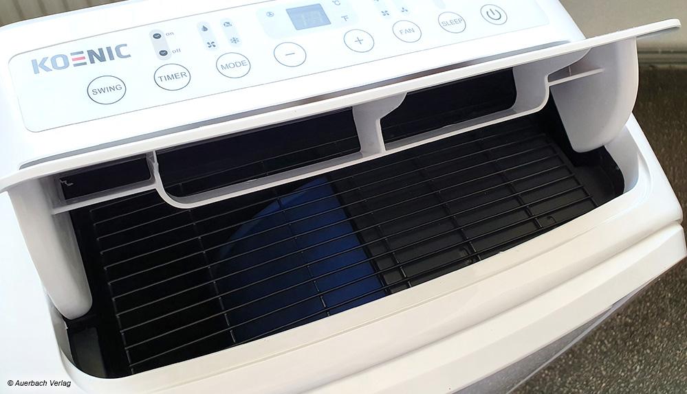 Bei Klimageräten mit Swingfunktion wird die kühle Luft durch Auf- und Abschwingen einer Klappe oder eingebauter Lamellen realisiert