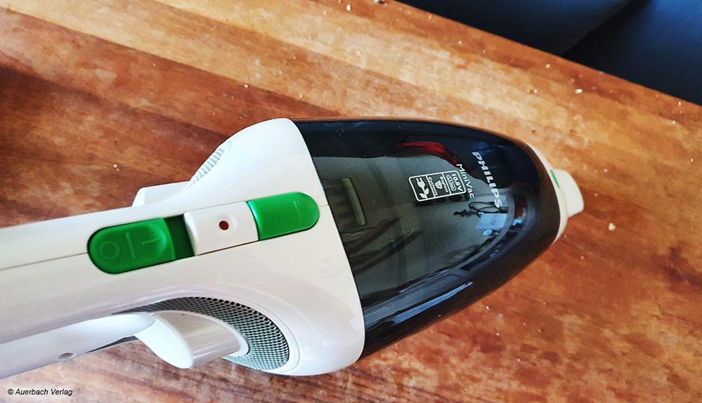 Typisch Handstaubsauger: Die Krümel vom Frühstückstisch lassen sich mit diesen Geräten problemlos und schnell beseitigen