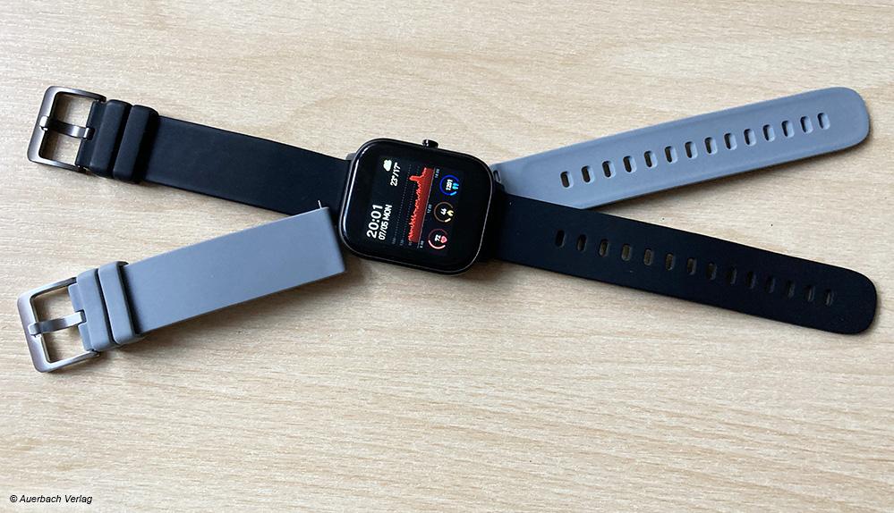 Bei der Smartwatch von Leicke können Sie zwischen einem schwarzen und einem grauen Armband wechseln, je nach Outfit