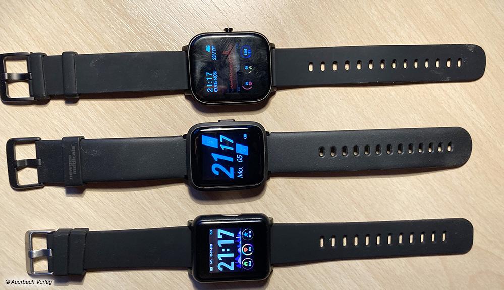 Die beiden Modellen NX-4589 (unten) und NX-4944 (Mitte) von Newgen Medicals und das Gerät von Leicke sind sehr ähnlich