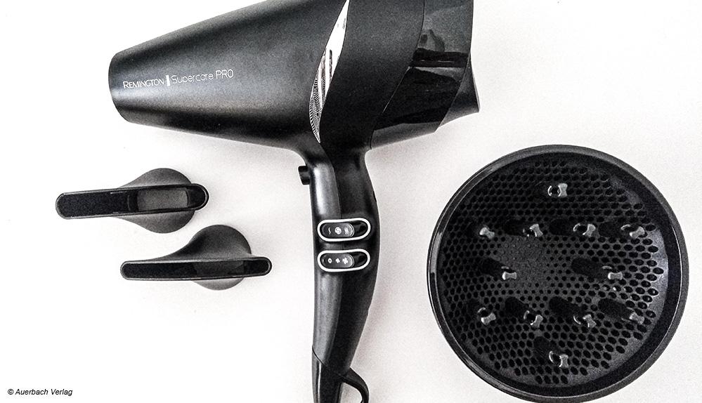 Stylingdüsen wie hier bei Remington sorgen dafür, dass der Luftstrom gezielt auf einer Haarpartie gelenkt werden kann