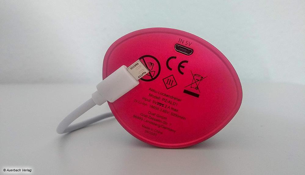 Das Gerät von Prinz funktioniert über einen integrierten Akku. Das USB-Ladekabel wird mitgeliefert, das Netzteil jedoch nicht