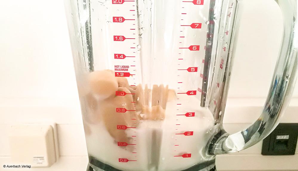 Die roten Ziffern auf dem Glasbehälter des Sage-Mixers lassen sich gut abgelesen und erleichtern das Abmessen der Zutaten